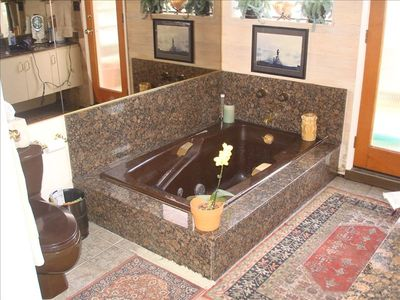 Hermosa Beach house rental - MASTER BATHROOM JACUZZI