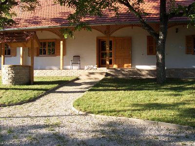 Balatonszarszo chateau / country house rental