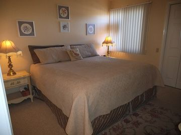 Green Valley townhome rental - Your....'New' King Size Bed..!