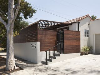 Los Angeles house photo - front entry and parking