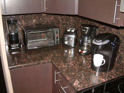 Kitchen electrics include Keurig coffee system--bring your Starbuck's k-cups!