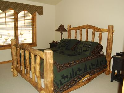 Upper Level Master Queen Bedroom with en suite bathroom