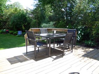 Toronto house photo - Deck - Outdoor Dining Table for Six