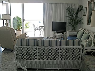 Living Room--Balcony Overlooking Bay,  Hi-Def TV/VCR, English/Spanish Cable