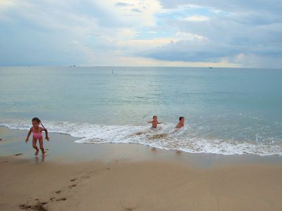 Watch your kids romp in the surf at the shallow beach of Lauderdale-by-the-Sea