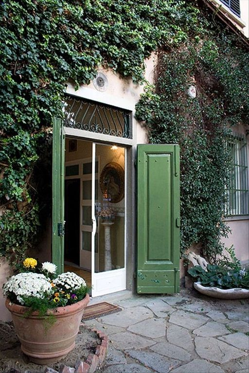 Campo di Marte apartment rental - entrance dor