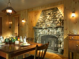 Raymond lodge photo - Beautiful dining room. It has it's own fireplace