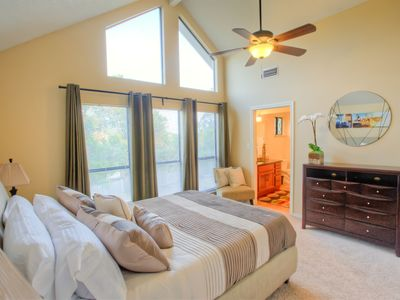 Austin townhome rental - Memory foam mattress in master bedroom