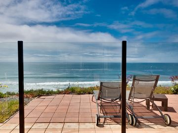 Encinitas condo rental - View pool area