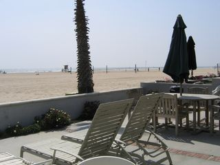 Newport Beach house photo - Enjoy the sun on the patio year round!