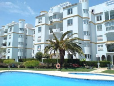 Benalmadena: Beachfront with pool and garden SPECIAL FAMILIES WITH CHILDREN