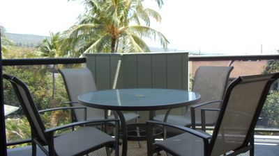 Kailua Kona condo rental - Lanai - Lanai off the living room which has an ocean view.