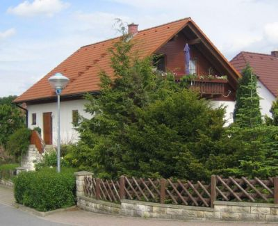 one bedroom apartment with balcony on the outskirts of Dresden near golf course 2-4 pers