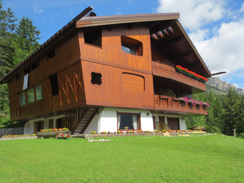 Holiday house, 90 square meters , Cortina D