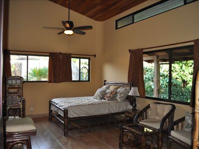 Guest bedroom with separate veranda entry