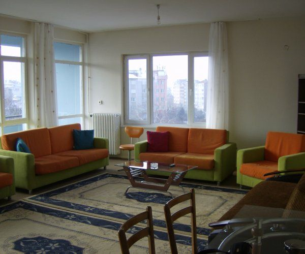 Clean and Spacious Daily Rental Flat