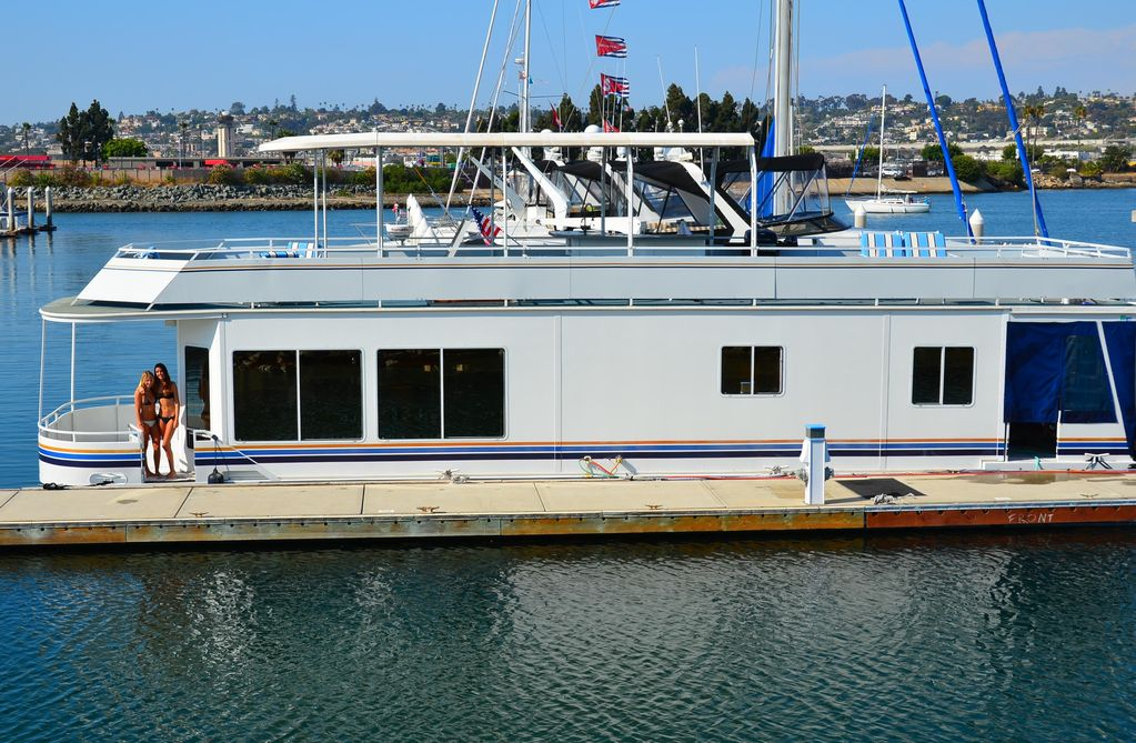 San Diego Holiday House Boat Remodeled Houseboat With