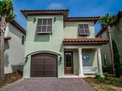 Tuscan Inspired 4 BR/4 BA Home Perfect for Luxury Vacation with FREE WIFI!