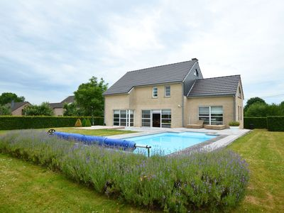 Beautiful contemporary villa with swimming-pool in a quaint town of the Ardens