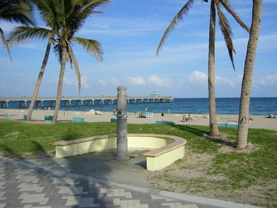 Deerfield Beach Pier .. 100 yards away