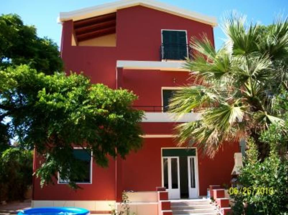 Holiday house, 220 square meters