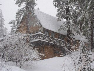 Big Bear Lake cabin photo - A winter day at Cove.