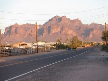 Apache Junction mobile home rental - Superstition Mountain view from the front door.