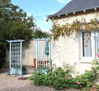 Neuville-de-Poitou cottage rental - Gite Marguerite w Private Terrace