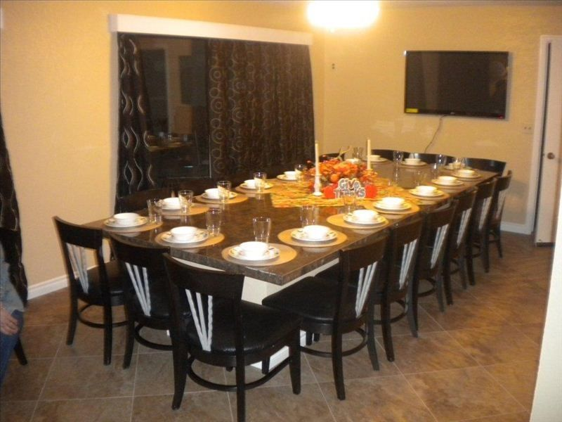 amazing views dining for 18 5 minutes to vrbo. Black Bedroom Furniture Sets. Home Design Ideas
