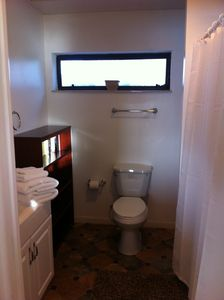 Hernando Beach house rental - Master (3rd) bath with tub & shower