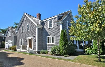 19 Silva Lane, Edgartown
