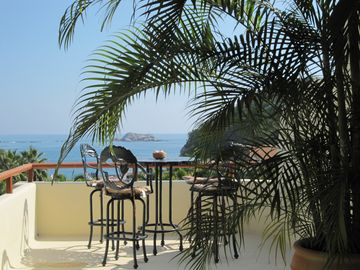 Los Suenos private roof top bar and view