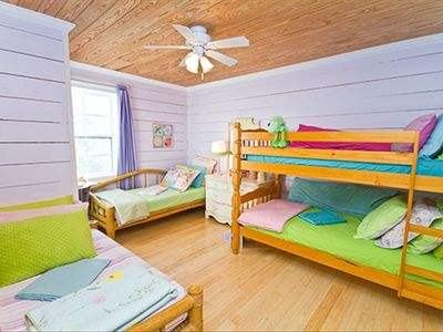 2ND FLOOR BUNKROOM--SLEEPS 4