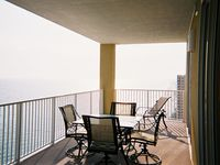 Gorgeous Penthouse on 23rd Floor. Huge Balcony Overlooking the Ocean. Paradise
