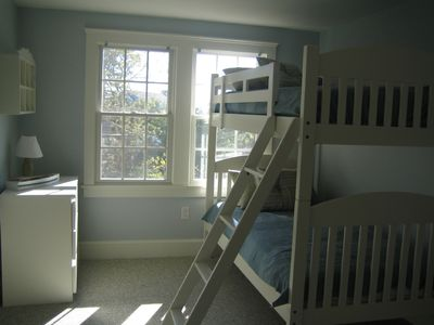 Upstairs Bedroom with Twin Bunks & King Size Daybed