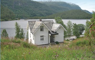3 bedroom accommodation in Hornindal