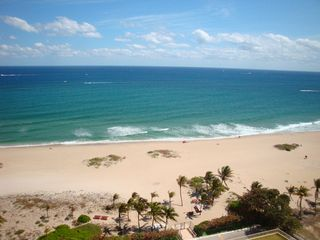 Fort Lauderdale house photo - The warm ocean breezes, surf & sand await your arrival.