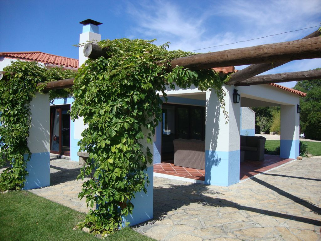 Holiday house, close to the beach, Galamares, Lisbon