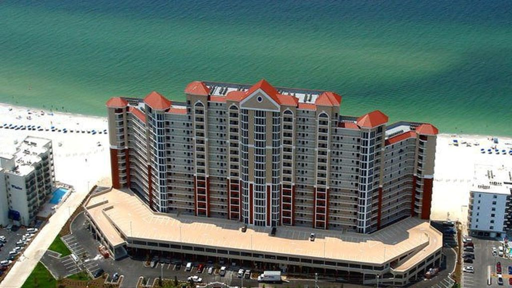 Gulf Shores AL Beach Vacation Rental at the Lighthouse Condominium