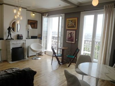 Paris - Montmartre - Abbesses - Living room is like being suspended in the sky