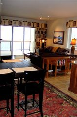 Dining and living area - Sandpoint condo vacation rental photo