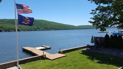 LakefrontEscape : 5 br, Two Family Home with Private Yard and Dock