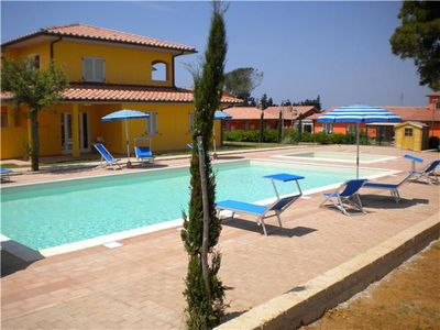 Apartment for 6 people, with swimming pool, in Maremma