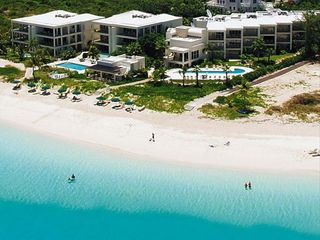 Providenciales - Provo condo photo - Aerial view - Coral Gardens and the beautiful beach