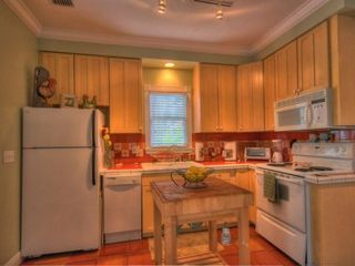Key West cottage photo - The chef of the family will love the fully equipped kitchen!