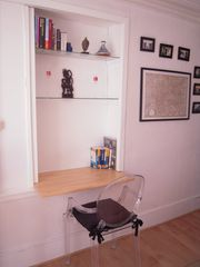 internet corner - 4th Arrondissement Pompidou Le Marais apartment vacation rental photo