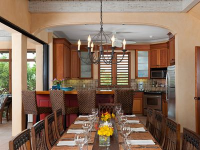 Providenciales - Provo villa rental - Ready to dine- the house is totally equipped to serve dinners for 10