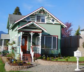 Port Angeles house photo - The Painted Lady of Port Angeles