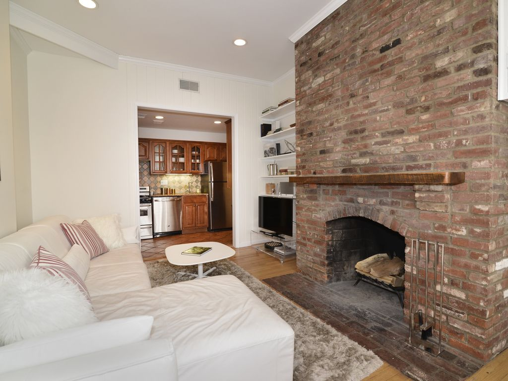 Luxury Georgetown Apt With Parking Patio And Fireplace Close To .