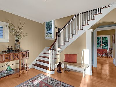 Seattle house rental - Make a statement coming down the curved stairs into the grand entry way!